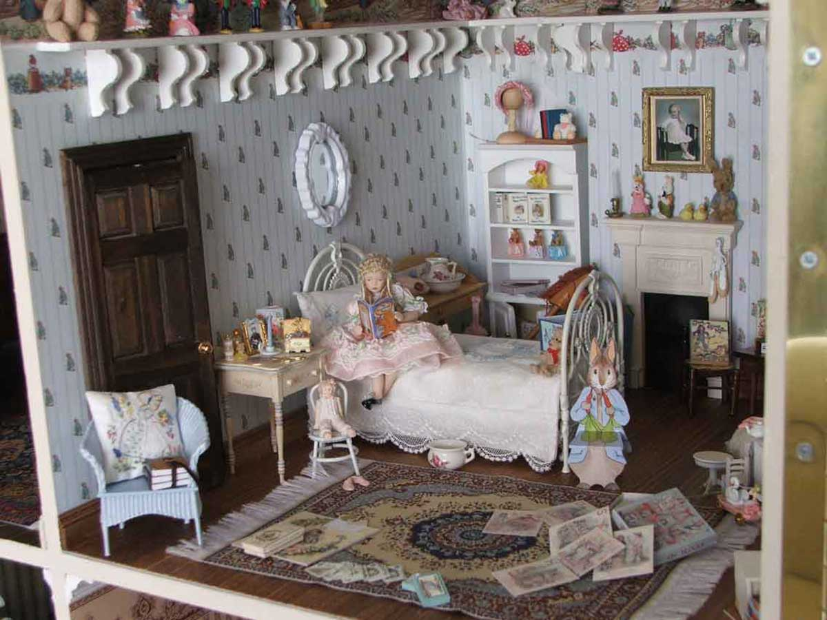 Victorian Childs Bedroom 1 Victorian Dollhouses And